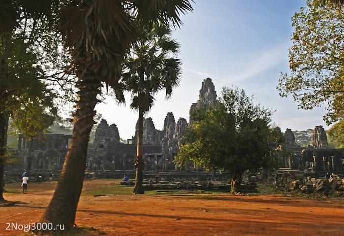Ангкоро Том — Байон