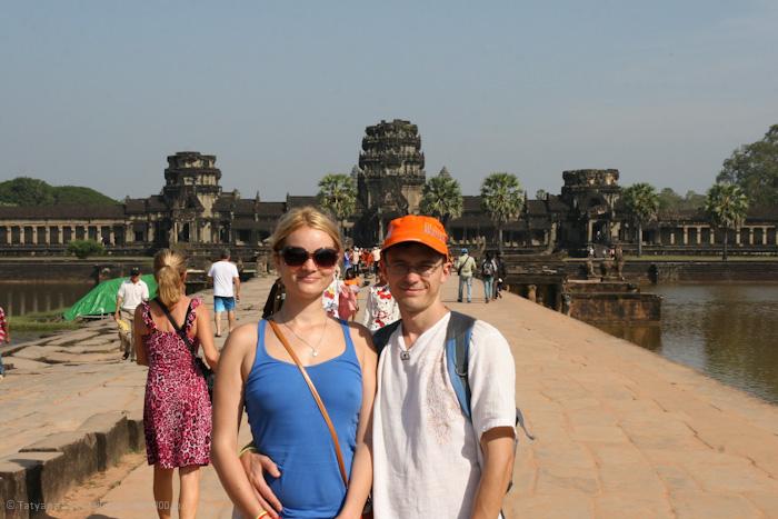 У главного храма